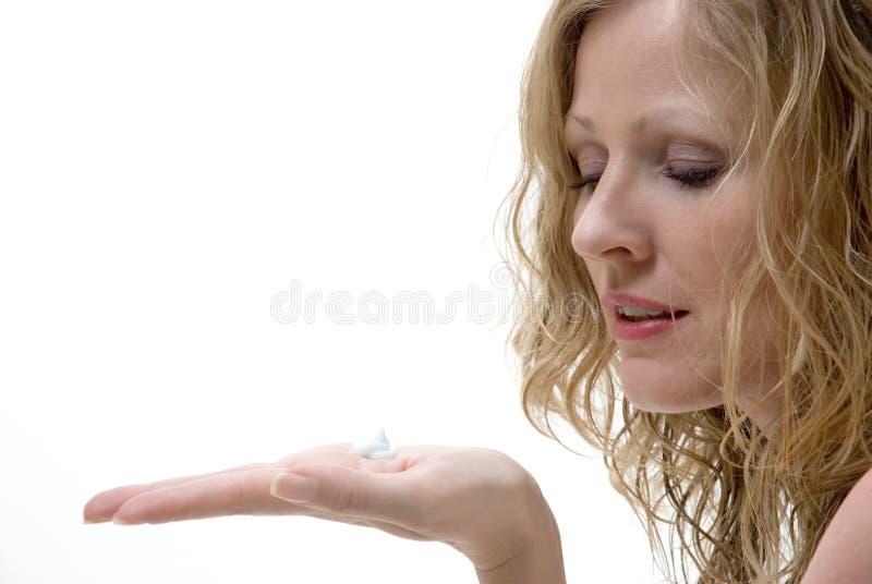 annonsering av lotion royaltyfri bild