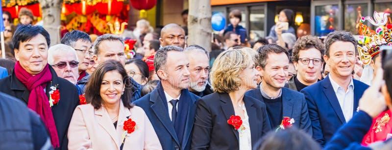 Ano novo chinês Paris 2019 França - políticos na parada fotografia de stock