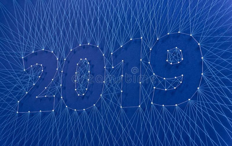 Ano novo 2019 - construindo o futuro junto, em equipe fotos de stock royalty free