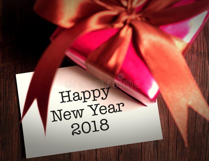 Ano novo feliz 2018 com presente fotos de stock