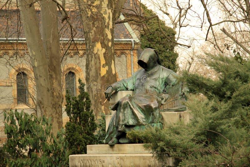 Anonymus雕象在布达佩斯的市公园 库存图片