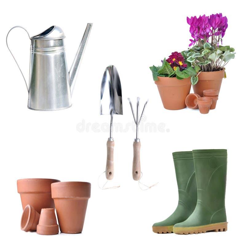 Anordnung für Gartenarbeitausrüstung und -Blumentopf lizenzfreie stockfotos