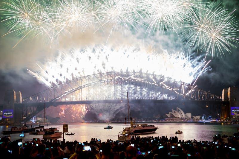 Anos novos dos fogos-de-artifício Sydney Australia fotografia de stock royalty free