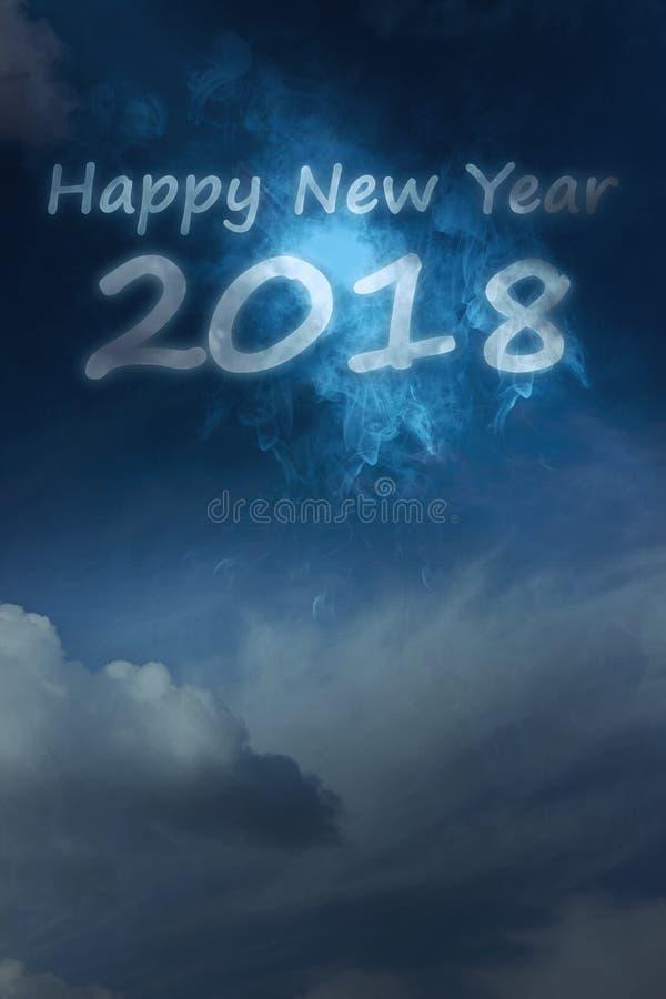 2018 anos novos felizes cloudscape, tema do ano novo feliz foto de stock