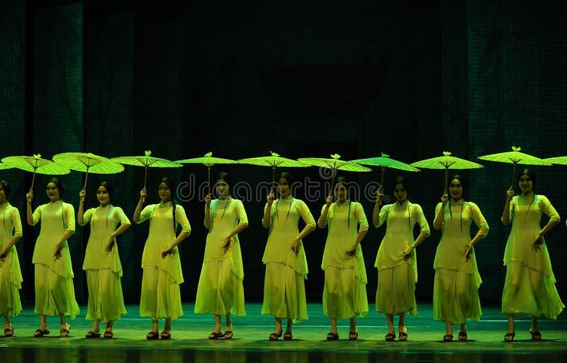 Anos- verdes em segundo do ato de eventos do drama-Shawan da dança do passado imagens de stock royalty free