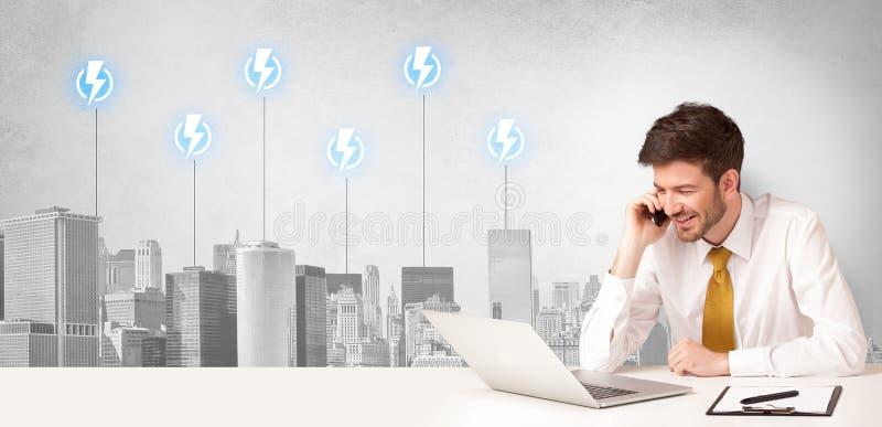 Ansager, der den StadtEnergieverbrauch darstellt lizenzfreies stockfoto