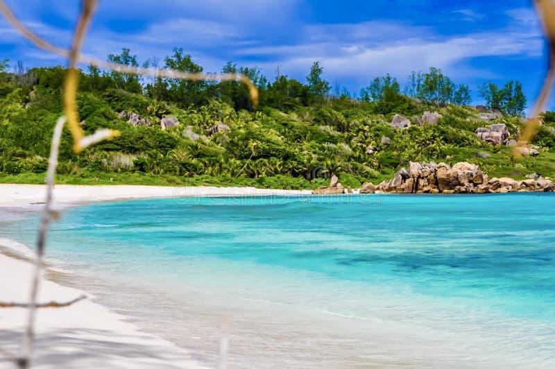 Anse Cocos - los angeles Digue, Seychelles - zdjęcie royalty free
