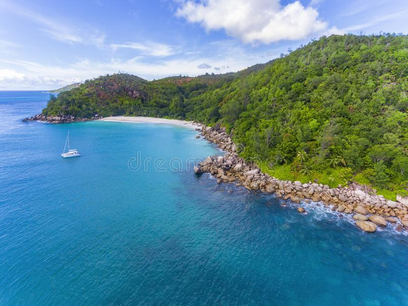 Anse Georgette sull'isola di Praslin, Seychelles fotografia stock libera da diritti