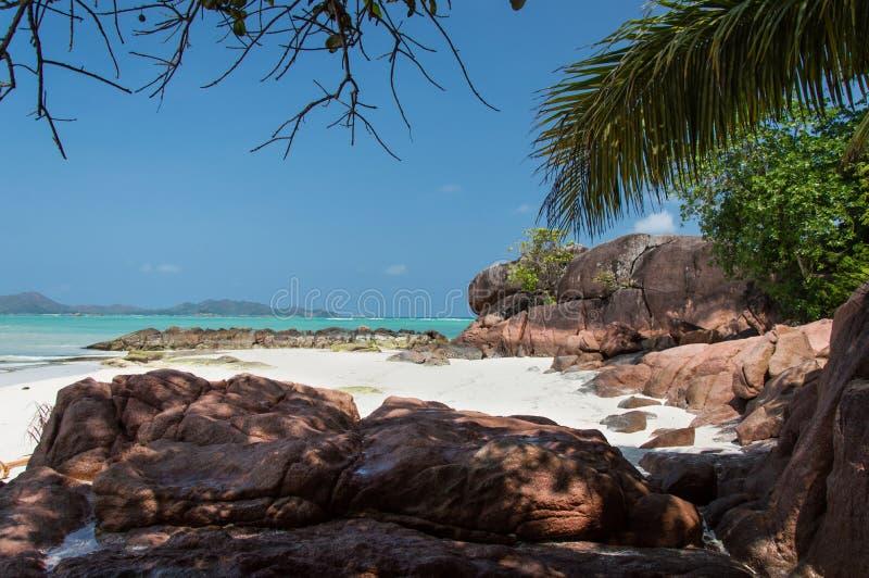 Anse Gouvernement w Praslin, Seychelles obraz stock