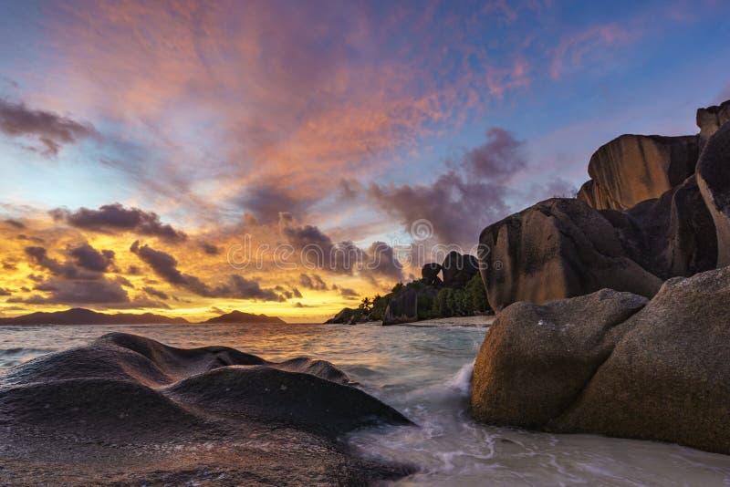 Anse Källa de Argent strand på Seychellerna royaltyfri bild