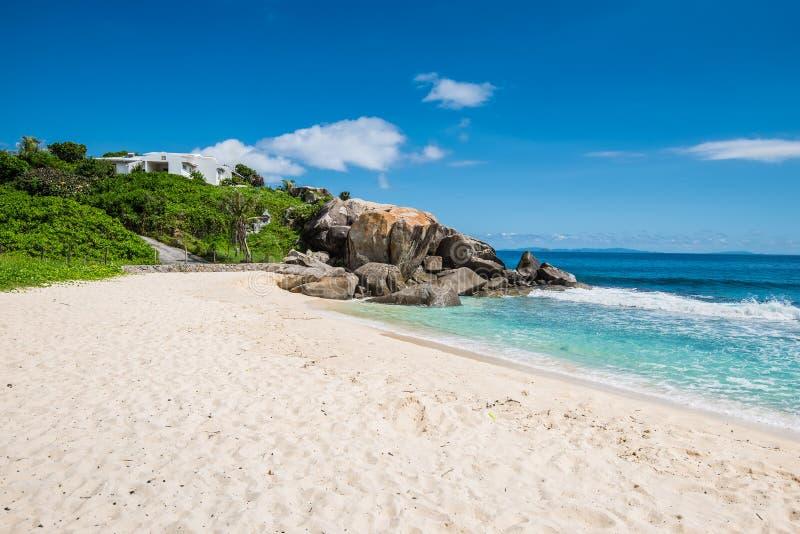 Anse Nord d'Est plaża, Mahe, Seychelles obraz stock