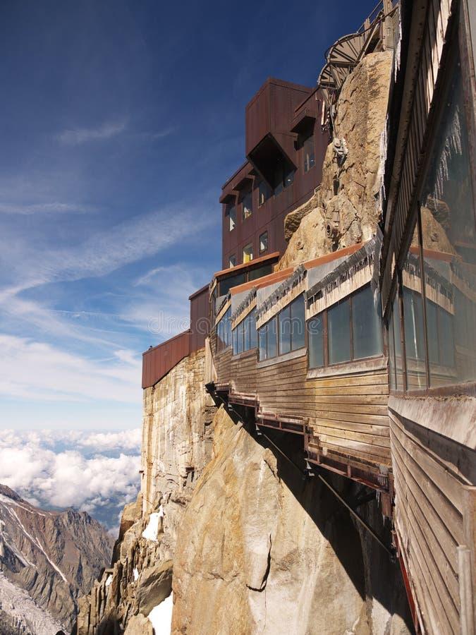 Ansicht über Aiguille DU Midi   lizenzfreie stockbilder