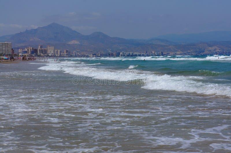 Ansicht über Alicante-Erholungsort stockbild