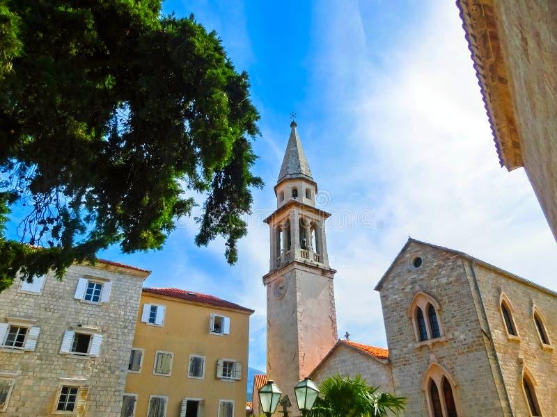 Ansicht über alte Stadt Budva lizenzfreies stockfoto