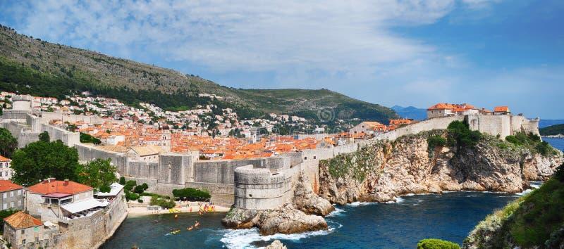 Ansicht über altes Schloss Dubrovnik, Kroatien lizenzfreie stockfotos