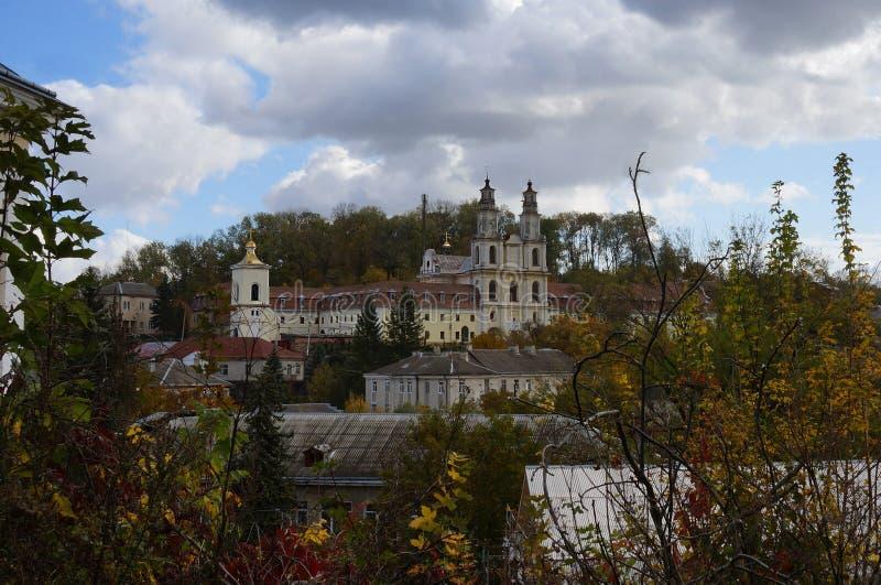 Ansicht über Basilian-Kloster, Buchach lizenzfreies stockfoto