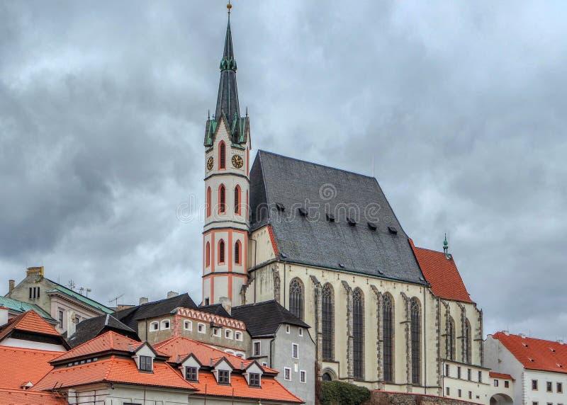 Ansicht über Heiliges Vitus Catholic Church in Cesky Krumlov, Tschechische Republik stockbilder