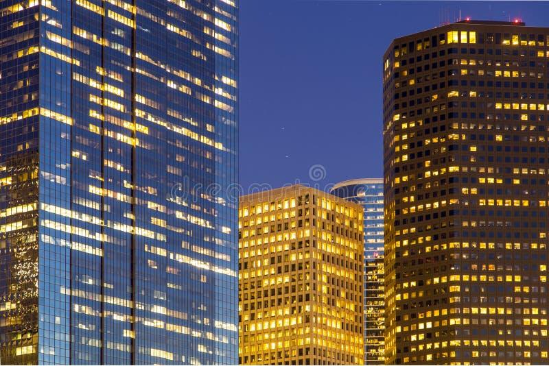 Ansicht über Im Stadtzentrum Gelegenes Houston Bis Zum Nacht Lizenzfreie Stockfotos