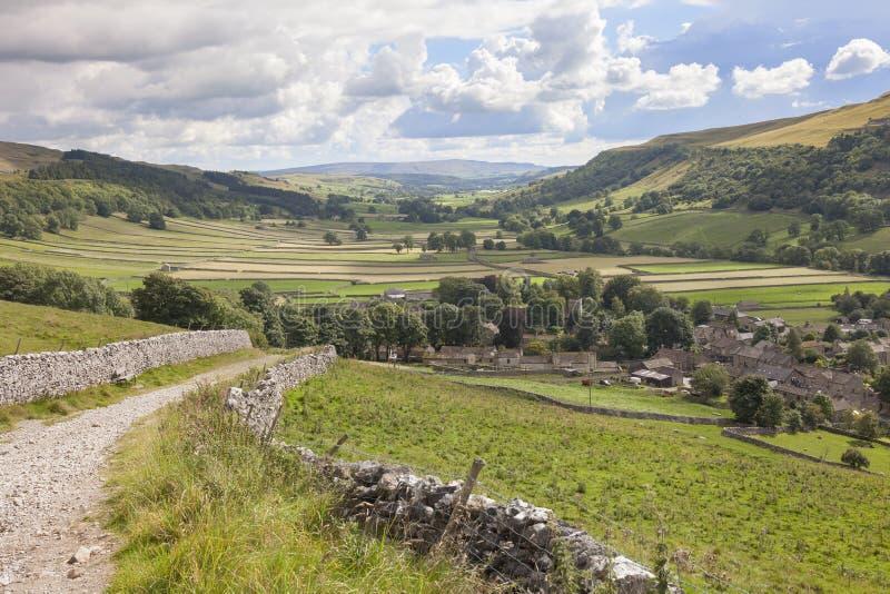 Ansicht über Kettlewell, Yorkshire lizenzfreies stockfoto