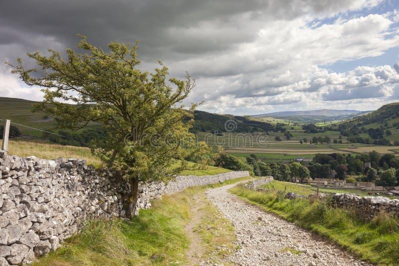 Ansicht über Kettlewell, Yorkshire lizenzfreie stockbilder