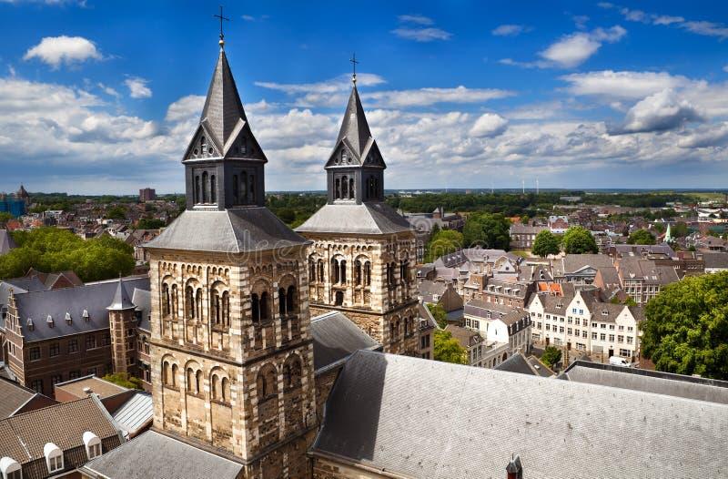 Ansicht über Maastricht von der Oberseite von Sint-Janskerk lizenzfreies stockbild