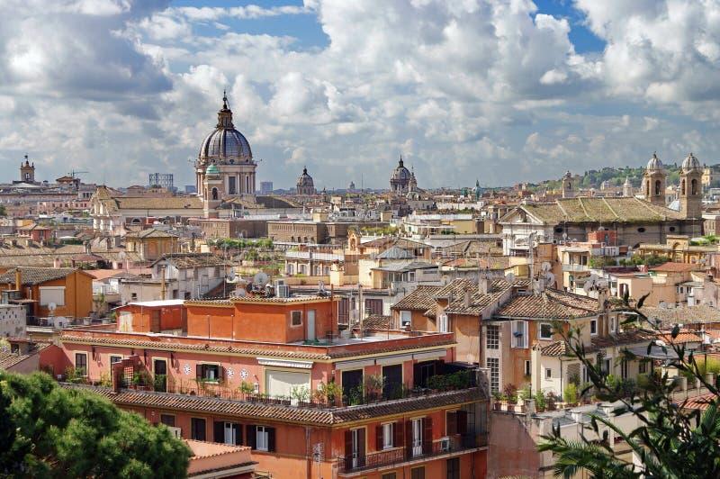 Ansicht über Rom stockfotos