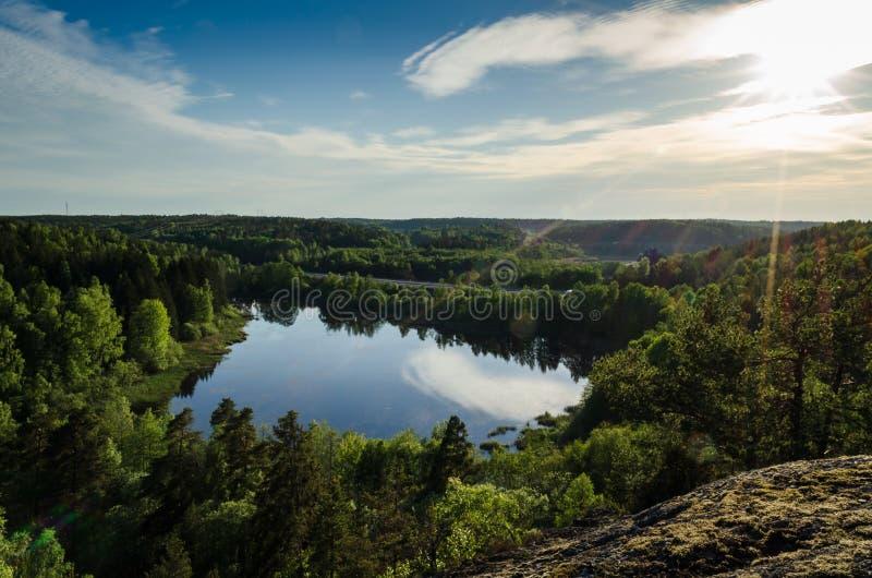Ansicht über See in Södertälje, Schweden lizenzfreies stockbild