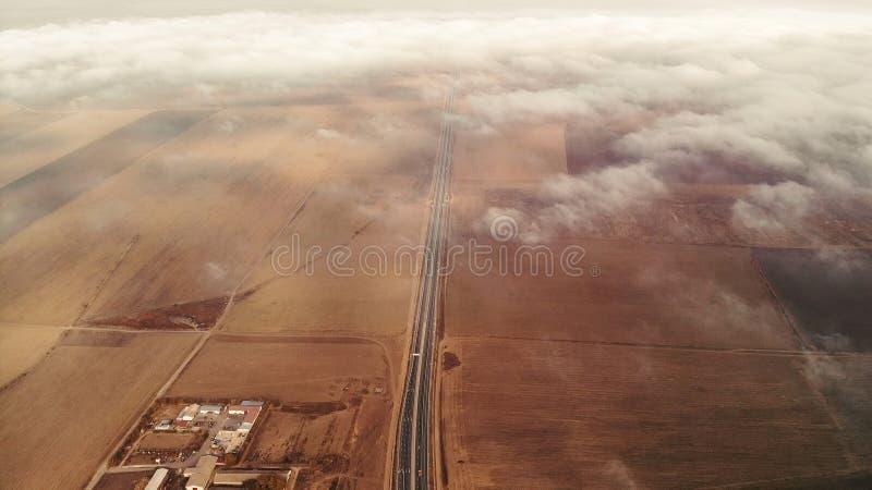 Ansicht über von den Wolken stockbilder