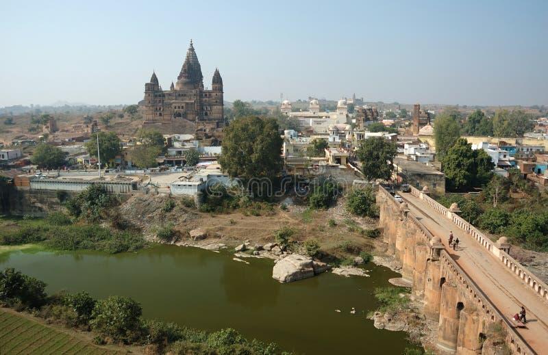 Ansicht der alten Orchha Stadt, Indien stockfotografie