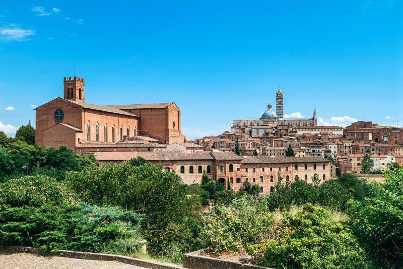 Ansicht der alten Stadt in Siena lizenzfreies stockfoto