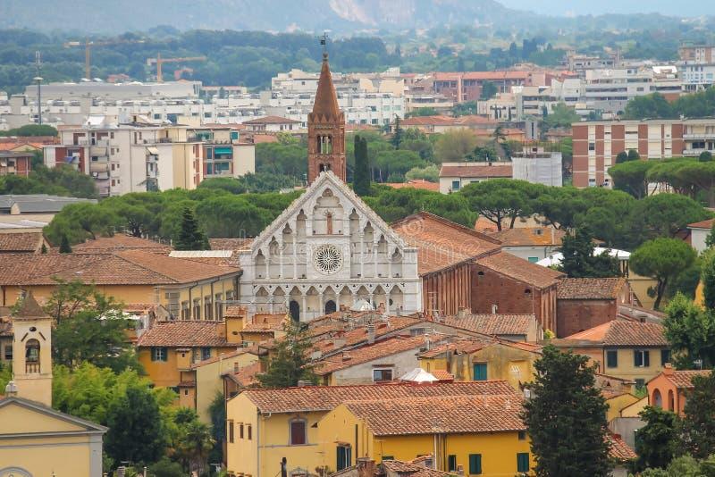 Ansicht der alten Stadt vom lehnenden Turm Pisa, Italien lizenzfreie stockfotos