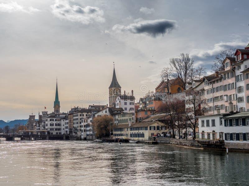 Ansicht der alten Stadt von Zürich stockbild