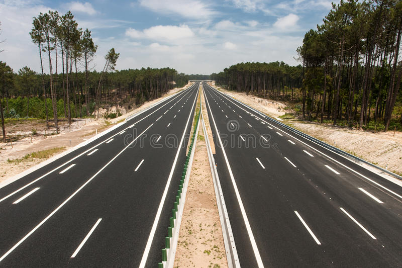 Ansicht der Autobahn lizenzfreie stockbilder