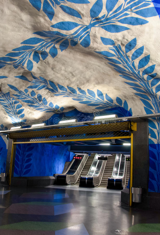 Ansicht der berühmtes Stockholm-U-Bahnstation ` T-centralen` handgemalten Grafik vorbei pro Olof U stockfoto