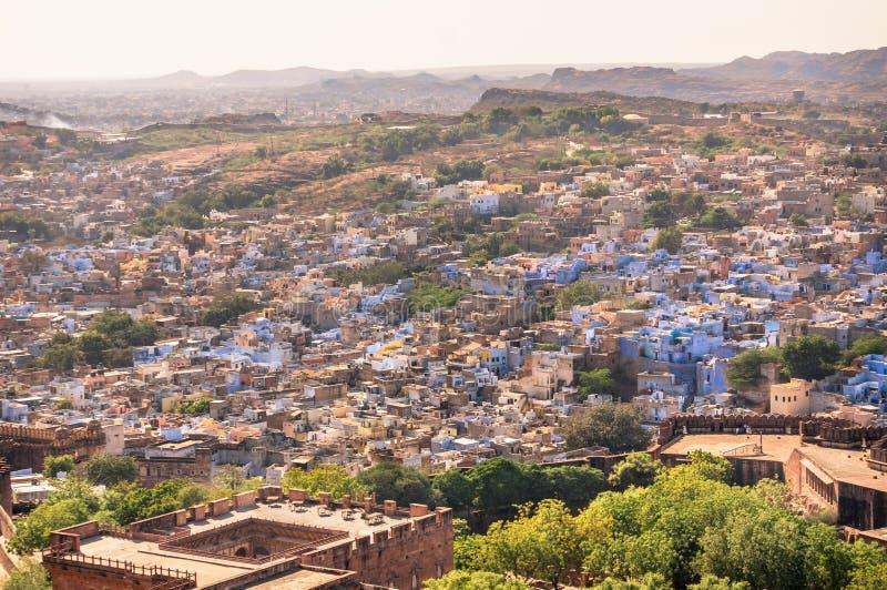 Ansicht der blauen Stadt von Jodhpur, Indien von Mehrangarh-Fort lizenzfreie stockfotos
