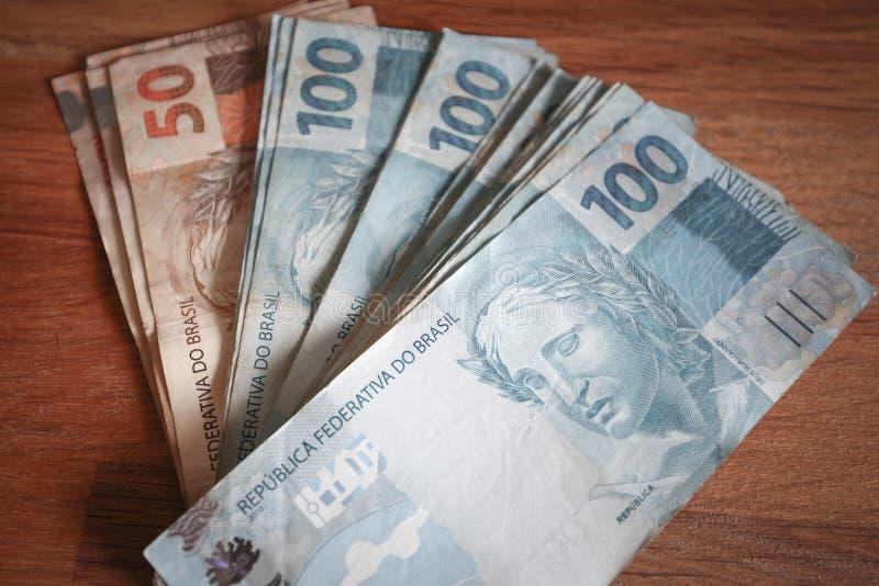 wieviel geld kann man nach brasilien überweisen