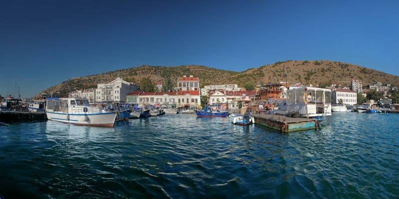 Ansicht der Bucht des Kopfschutzes Sewastopol, Krim stockbild