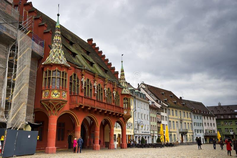Ansicht der historischen Kaufleute Hall in Freiburg im Breisgau lizenzfreie stockfotos
