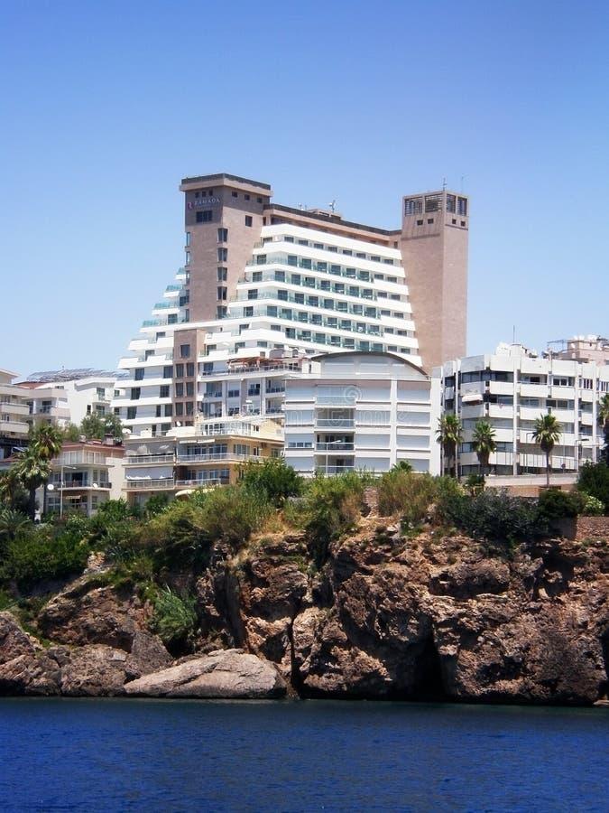 Ansicht der Hotel Ramada-Piazzas vom Mittelmeer stockfoto