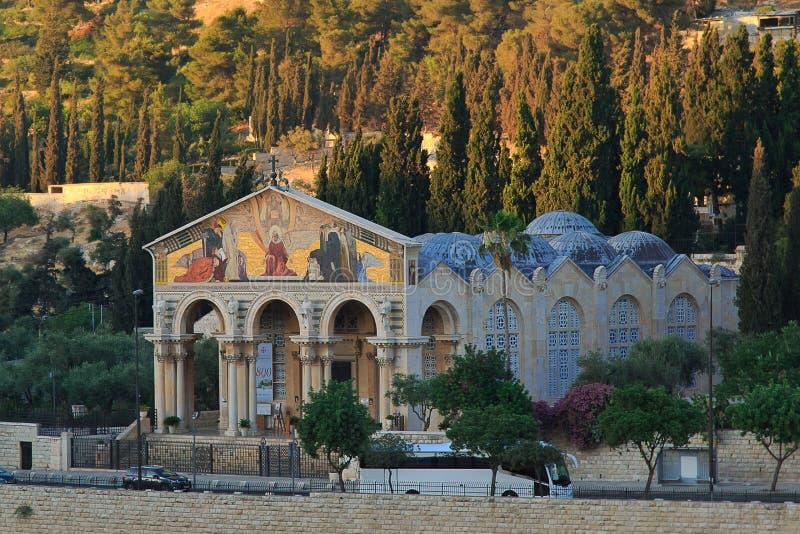 Ansicht der Kirche aller Nationen in Jerusalem stockbilder