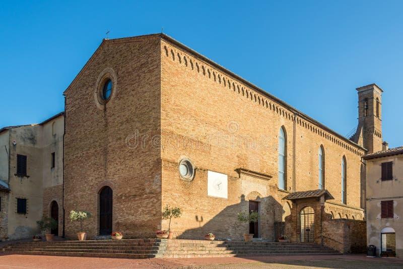 Ansicht an der Kirche von San Agostino in San Gimignano - Italien, Toskana lizenzfreies stockfoto