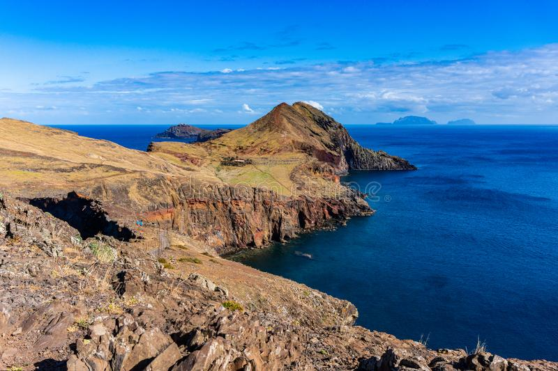 Ansicht der Klippen bei Ponta de Sao Lourenco, Madeira-Inseln lizenzfreie stockfotografie