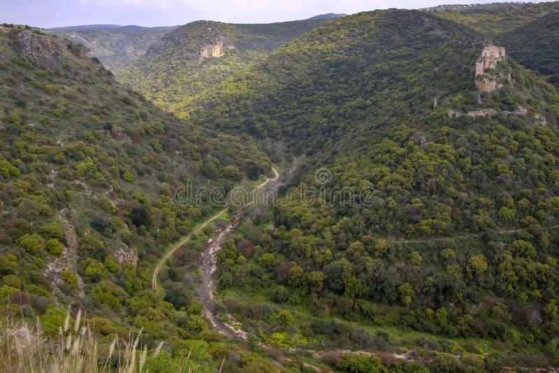 Ansicht der Kreuzfahrer ziehen sich Montfort in den Bergen von Galil?a zur?ck stockfoto