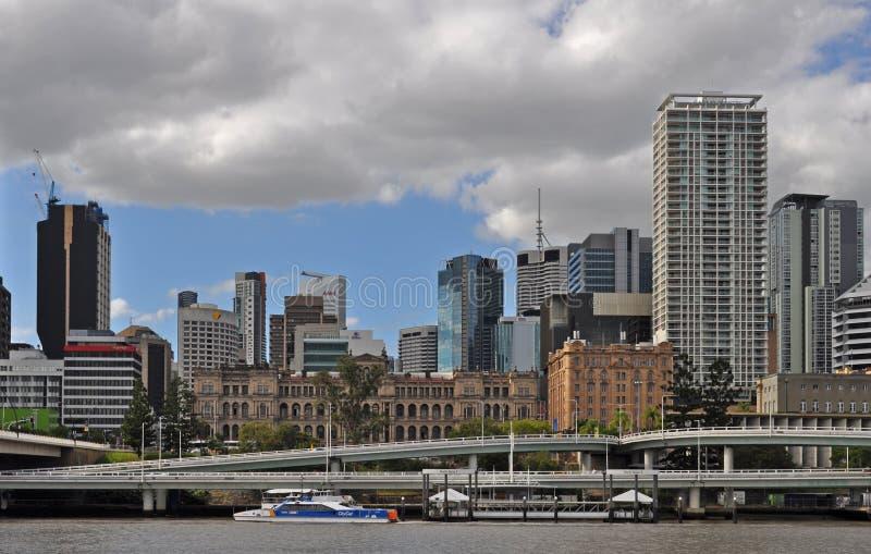 Ansicht der modernen Skyline von im Stadtzentrum gelegenem Brisbane stockbild