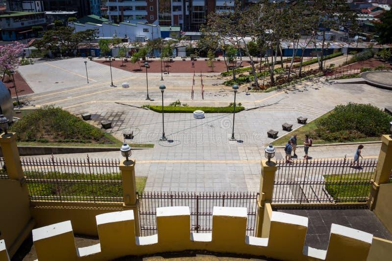 Ansicht der Piazzas de la Democracia vom Nationalmuseum von Costa Rica stockfoto