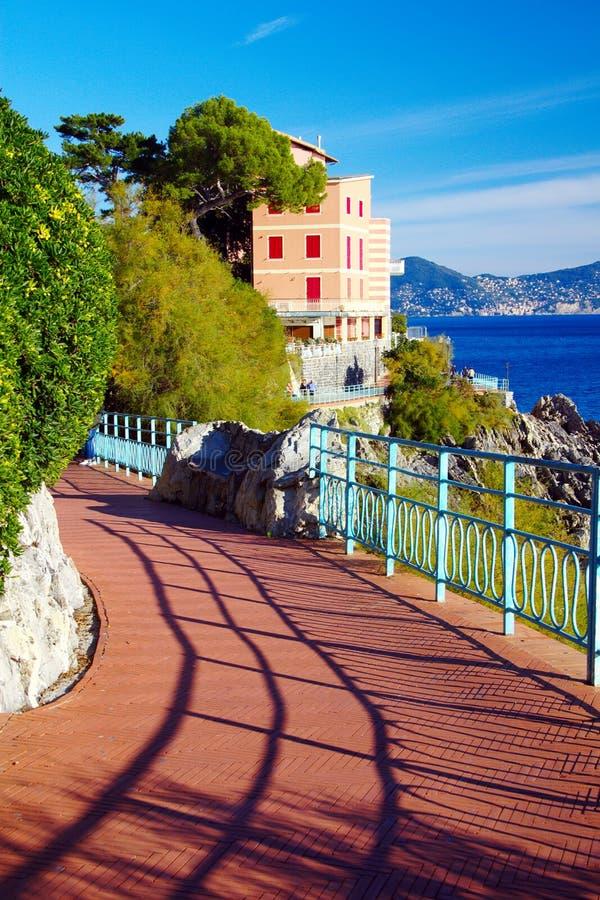 Ansicht der Promenade von Genoa Nervi (GE) lizenzfreie stockfotografie