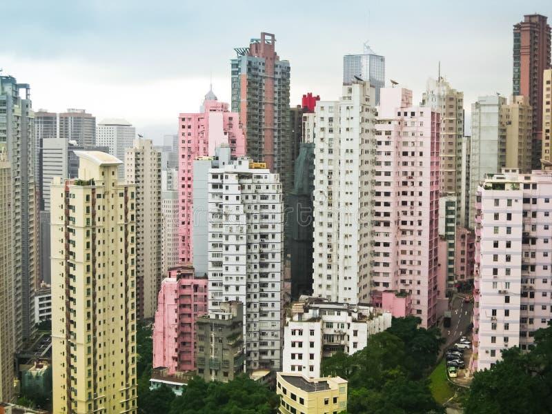 Skycrapers Rosa und Weiß in Hong Kong stockbild