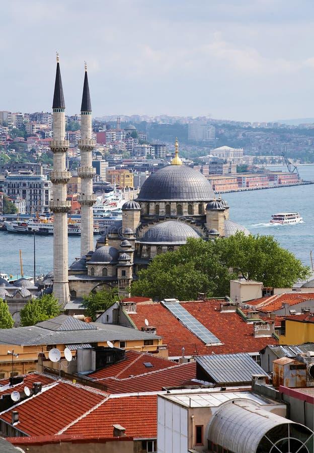 Ansicht der Yeni Moschee in Istanbul, die Türkei stockfoto