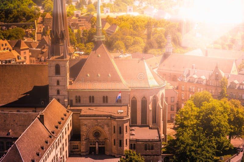 Ansicht des alten Klosters in der Stadt Luxemburg - Luxemburg, Sommer lizenzfreies stockbild