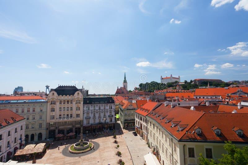 Ansicht des alten Schlosses in Bratislava stockbild